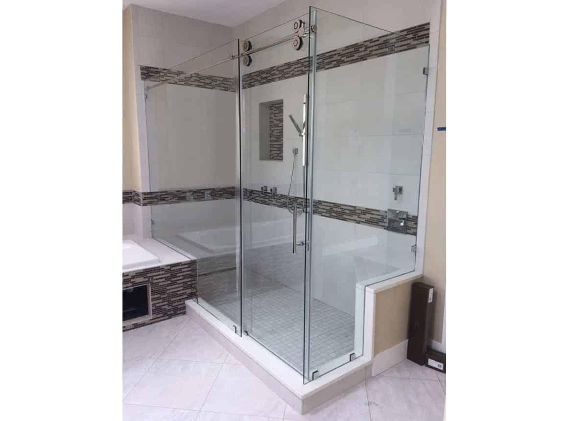 谷仓门式淋浴门的视图